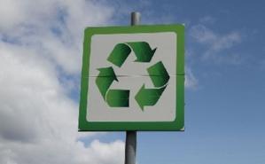 Les ressourceries, acteurs engagés dans le recyclage. Photo (c) Patrick Nylin. Cliquez ici pour accéder au site des ressourceries françaises