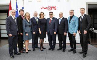 Membres de la société des célébrations du 375e anniversaire de Montréal. Photo (c) Joël Lemay