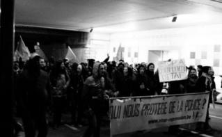 """""""Qui nous protège de la police?"""" Photo (c) Fanny Silva"""