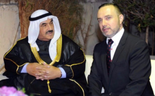 Cheikh Nasser Al Mohammad Al Ahmad Al Jaber Al Sabah, ex-Premier ministre du Koweït, et Christian Nakhlé, Ambassadeur de France au Koweït. Photo (c) Ambassade de France au Koweït.