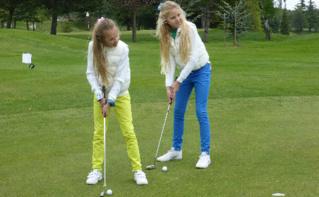 Les deux jeunes princesses ambassadrices de Passion Sea. Photo (c) AMP