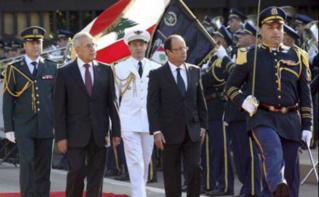 François Hollande accompagné de l'ancien président libanais Michel Sleiman, lors de sa dernière visite à Beyrouth en 2012. Photo (c) Dalati Nohra