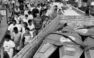 Massacre de 19 paysans au Brésil, en 1996. Photo (c) João Roberto Ripper. Cliquez ici pour télécharger le rapport original
