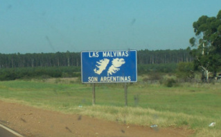 """En Argentine, la grande majorité de la population revendique sa souveraineté sur les Malouines, nombreux sont les logos """"Las Malvinas Son Argentinas"""": Les Malouines sont argentines. Photo (c) Leandro Kibisz"""