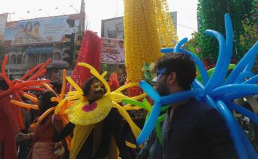 """Marche """"arc-en-ciel"""" organisée à Dacca en 2015. Photo (c) Nahid Sultan."""