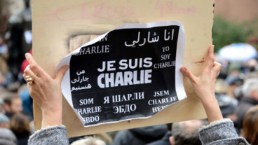 """Créé par le graphiste français Joachim Roncin, le slogan """"Je suis Charlie"""" est utilisé sous de multiples formes dans les manifestations de soutien en France et dans le monde ayant suivi l'attentat du 7 janvier 2015. Photo (c) Jwh."""