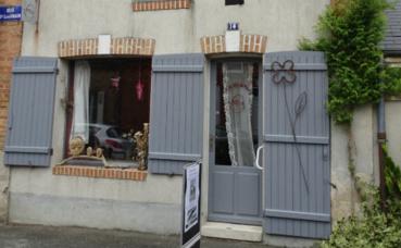 La boutique au 14 rue du Dr Léon Vrain à Lamotte-Beuvron. Photo (c) A. Hubert