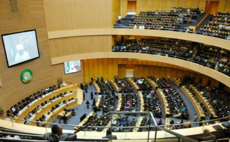 Le sommet de l'UA à l'occasion de son 50e anniversaire, le 25 mai 2013 à Addis-Abeba, en Éthiopie. Image du domaine public.