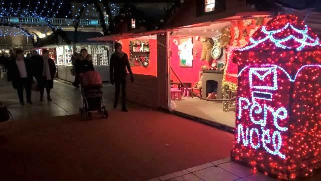 La boîte aux lettres du Père Noël place de la Libération. Photo (c) Sarah Belnez.
