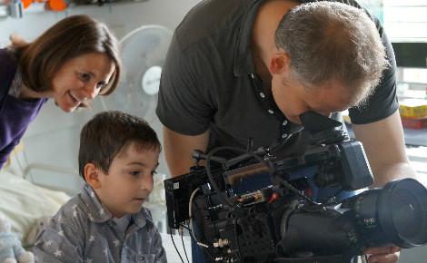 """Tournage du documentaire """"Et les mistrals gagnants"""". Photo courtoisie (c) Nour Films"""