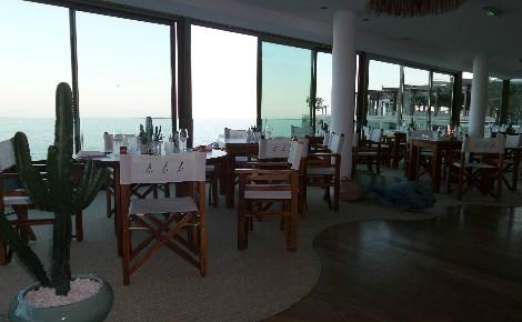 Le nouvel espace de restauration couvert de Nikki Beach. Photo (c) Eva Esztergar