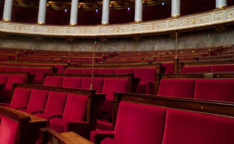 Hémicycle de l'Assemblée nationale française. Photo (c) Bastien Abadie