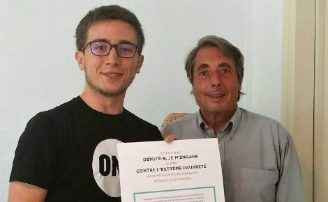 """Michel Destot dit """"oui"""" à l'ONG. Photo (c) Anaïs Mariotti"""