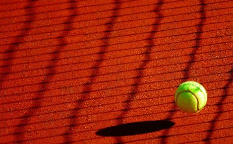 Illustration. Image libre de droit. Cliquez ici pour accéder au site de Roland Garros