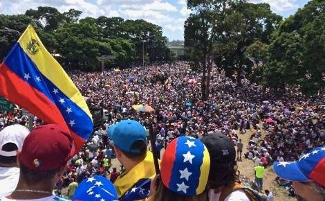 Manifestation au Vnezuela en mai 2017. Image du domaine public