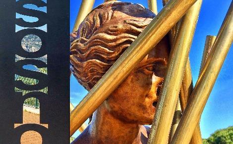 Sculpture de Sacha Sosno. Photo (c) Charlotte Service-Longépé
