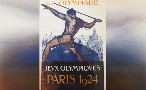 Au centre: une des affiches des JO 1924. Image du domaine public