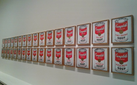 """Campell's Soup Cans"" d'Andy Wharhol. Photo prise par Sarah Barreiros."