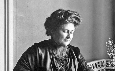 Maria Montessori. Image du domaine public.