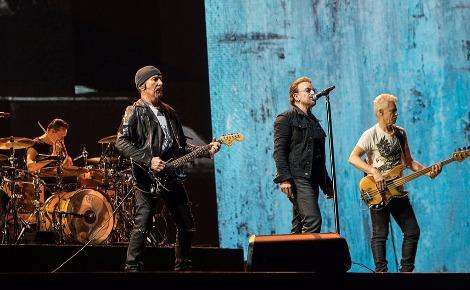 Le groupe U2 en 2017. Photo (c) Remy. Cliquez ici pour accéder à la page artiste