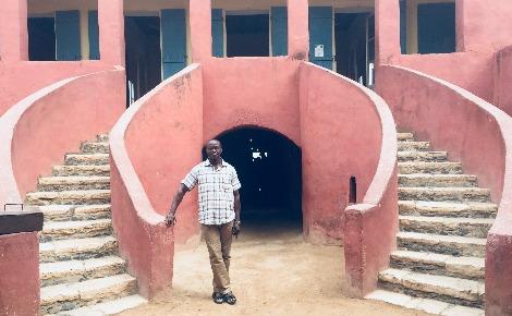 Kabo Alioune, le guide de la Maison des Esclaves. Photo (c) Fatiha Zeroual