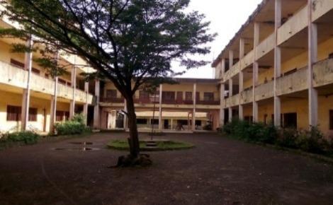 Le lycée Yimbaya. Photo prise par l'auteur.