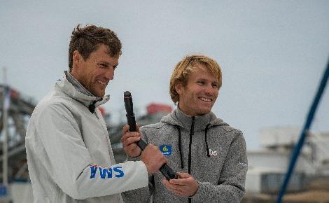 Paul Meilhat (à gauche), vainqueur de la Route du Rhum en Imoca et François Gabart (à droite), deuxième de la catégorie Ultime. Photo d'archive (c) Ludovic de Cockborne