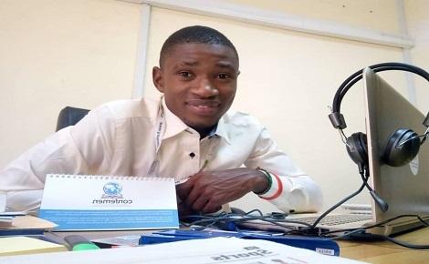 Salam Zongo à son lieu de travail. Photo (c) N.M. Diop