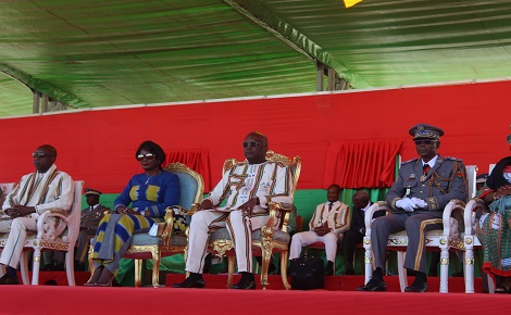 Le président du Faso à Manga. Photo (c) C. Somé