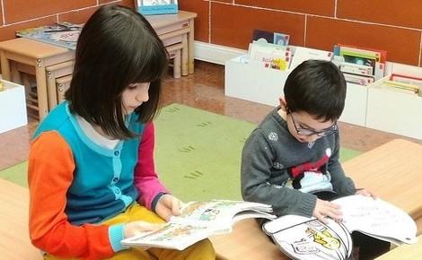 Donner le goût de lire aux plus jeunes. Photo (c) Frédérique Gelas