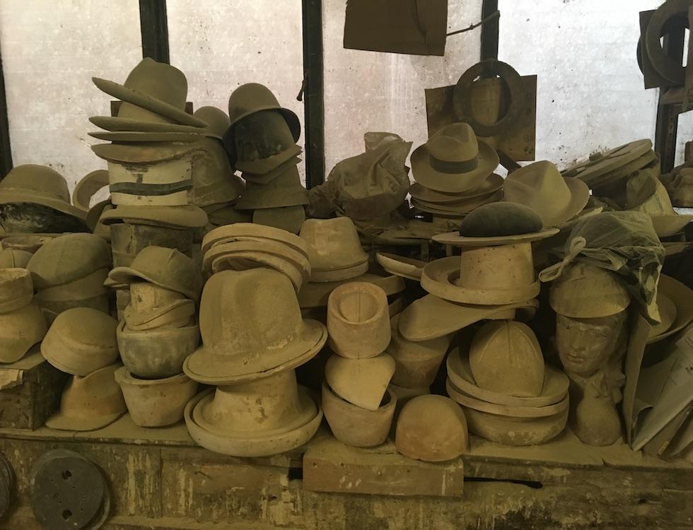 Atelier Boone & Lane, les derniers créateurs de moules à chapeaux. Luton, Royaume-Uni. Photo (c) M.Colombier
