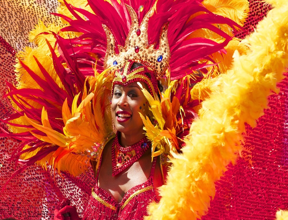 """""""Le carnaval : moment de fête entre déguisements, parades et démesure"""" (c) Cariwest"""