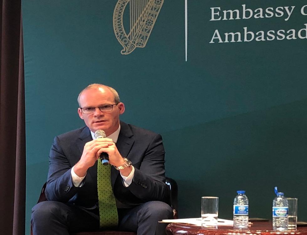 Simon Coveney plaide pour que les Européens restent unis (c) ngh