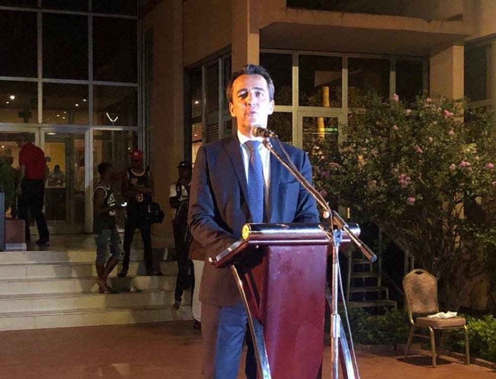 L'ambassadeur de France au Burkina Faso, Xavier Lapeyre De Cabanes dans son discours. (c) Ambassade de France au Burkina
