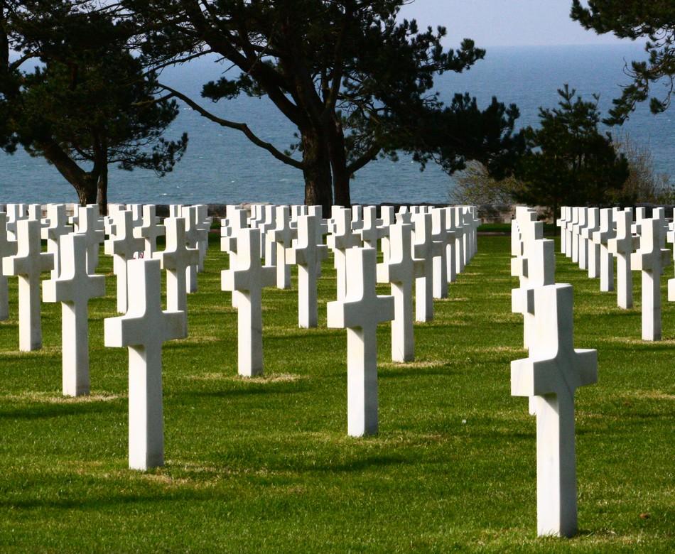 Le cimetière américan d'Omaha Beach, en Normandie, où reposent les dépouilles des soldats morts pendant le Débarquement  / (c) E.V.