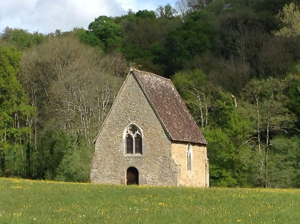 Sa chapelle du XVème siècle. © J. P.