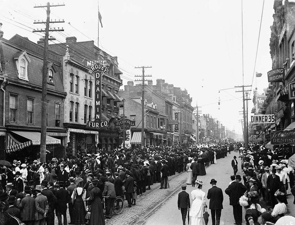 Fête du Travail à Toronto (1900) (c) Wikipédia