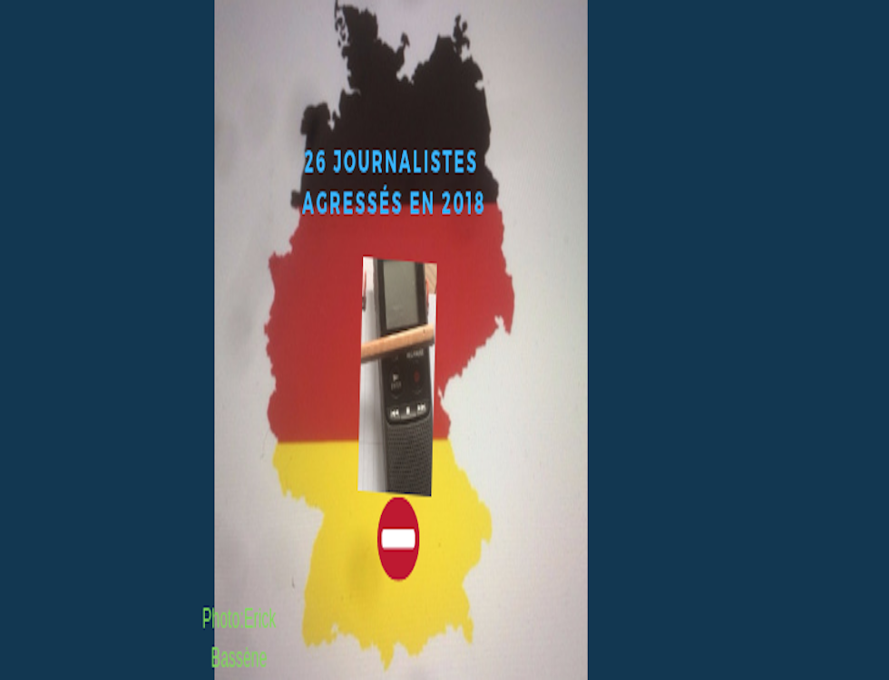 La carte de la République fédérale d'Allemagne, un Dictaphone, un stylo et un Emoji (stop) - Photo Montage (c) Erick Salemon Bassène