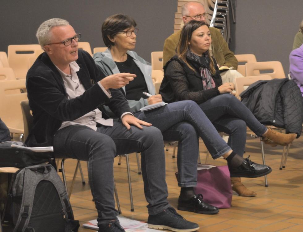 La municipalité s'est prêtée au jeu des questions réponses (c) Frédérique Gelas