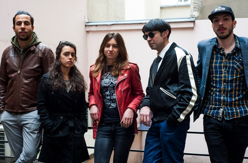"Le groupe ""The Brilliant key"" - De gauche à droite, Romain, Margherita, Alice, Litchi Dav et Théo © Sarah Wels"