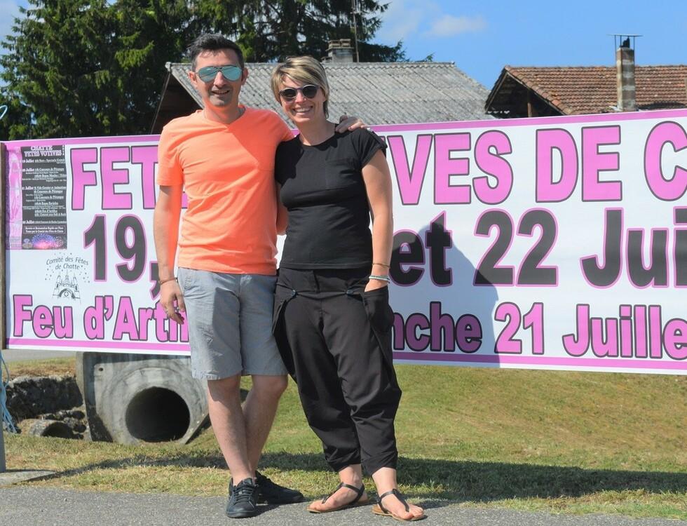 Sébastien Charmoillaux et Cyrielle Trouillet, membres du Comité des Fêtes (c) Frédérique Gelas