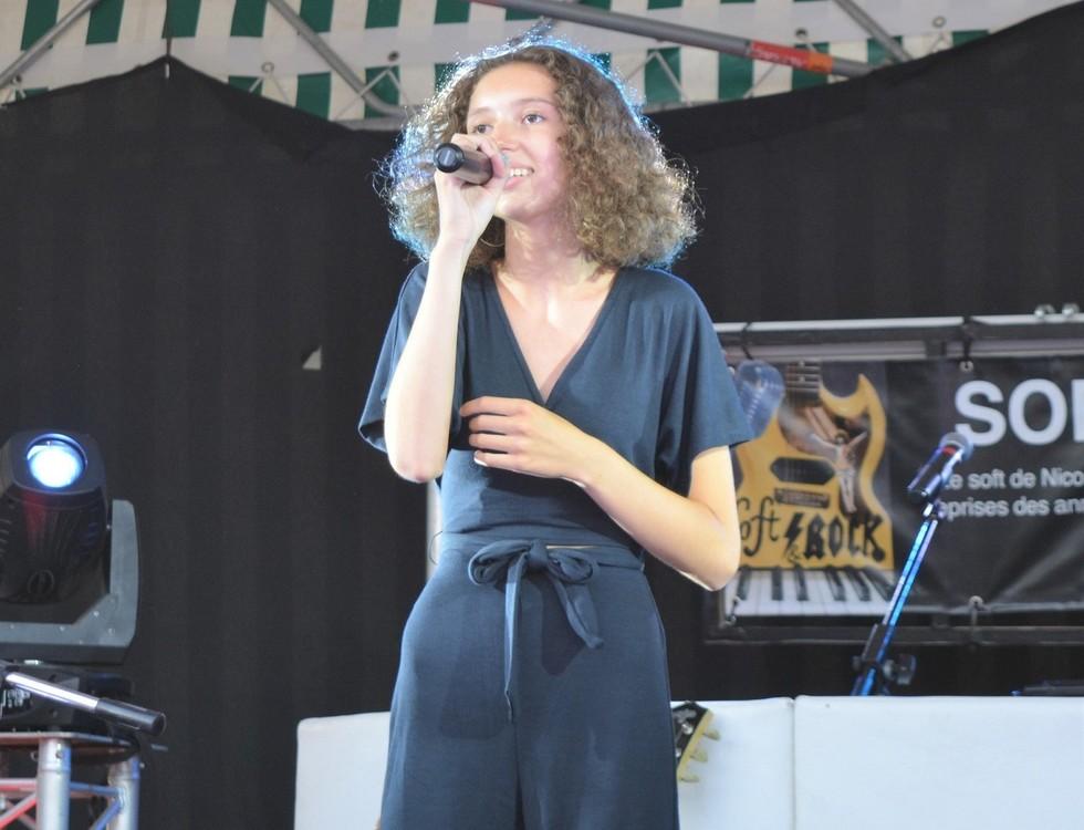 La jeune chanteuse a assuré une heure de concert (c) Frédérique Gelas