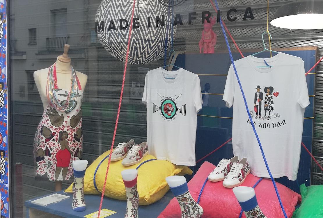La vitrine colorée de Sawa. Photo (c) Isabelle Lépine