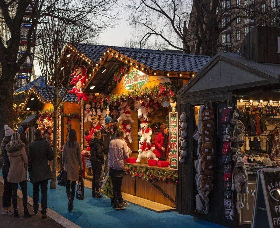 Le traditionnel marché de Noël (c) Shen xin de Pixabay