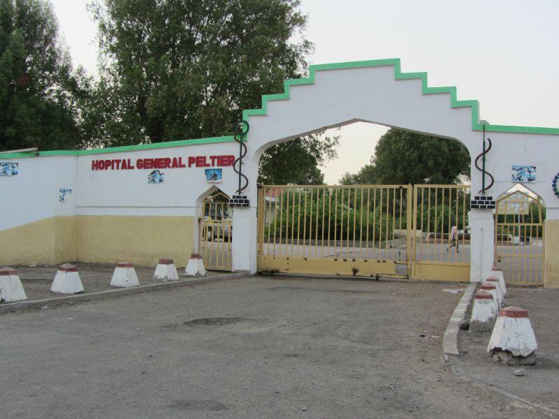 Entrée de l'hôpital général Peltier (C) La Nation