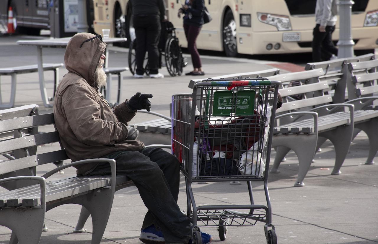 Pauvreté et solitude vont souvent de pair. (c) Pixabay