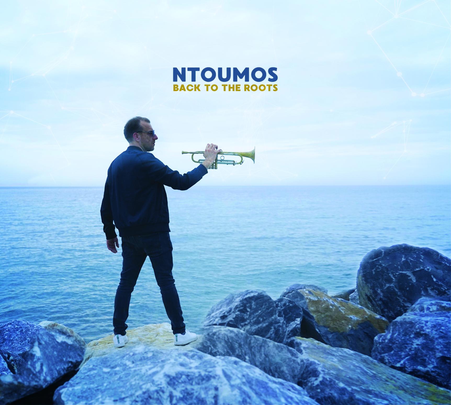 Ntoumos revient à la source avec l'album Back To The Roots