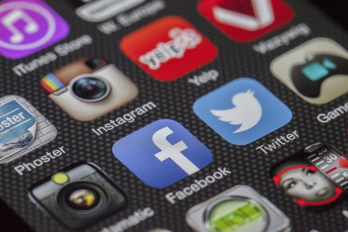 Les applis, la solution de repli pour maintenir une vie sociale. (c) Pixabay