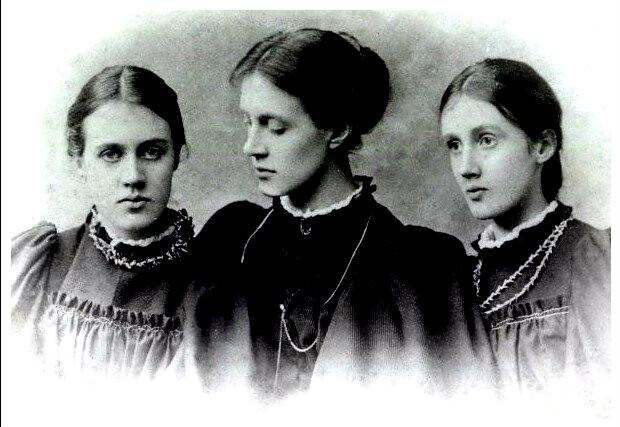 Virginia Woolf et ses deux soeurs © Flickr