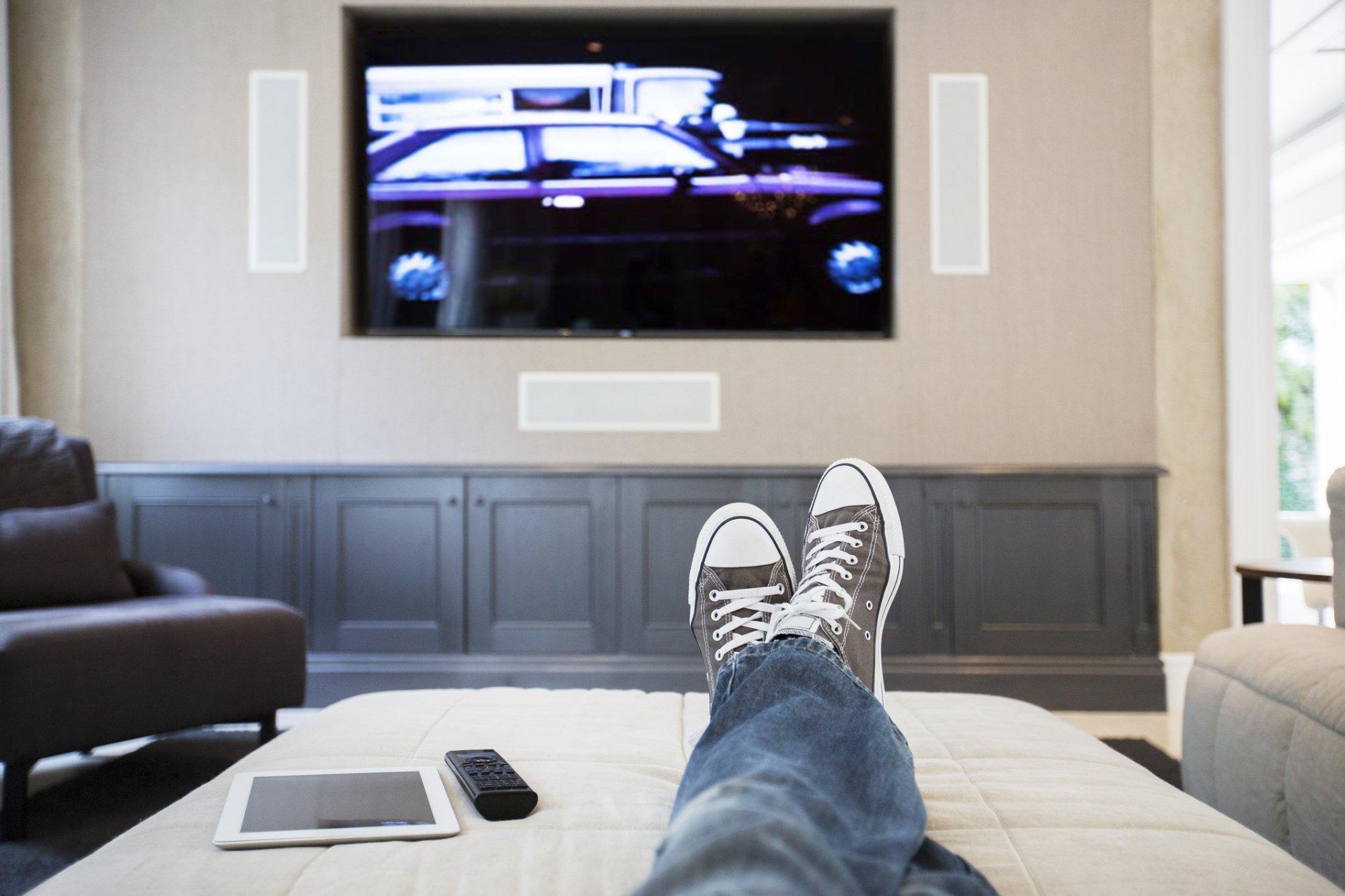 La télévision devenue la meilleure amie du confinement (C) Pixabay